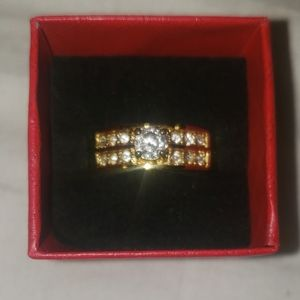 New 'Gold' Ring! Size 6